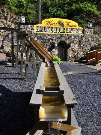 Gemstone Mining at Smoke Hole Caverns