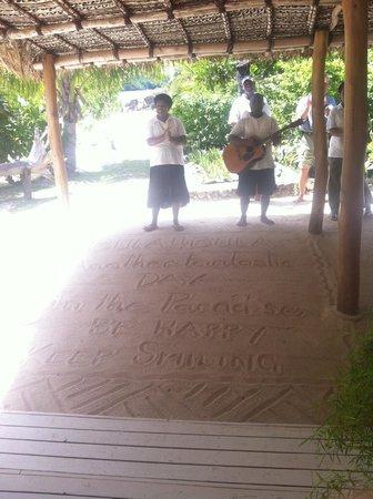 Navutu Stars Fiji Hotel & Resort: sad goodbye...