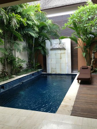 Bhavana Private Villas: private pool