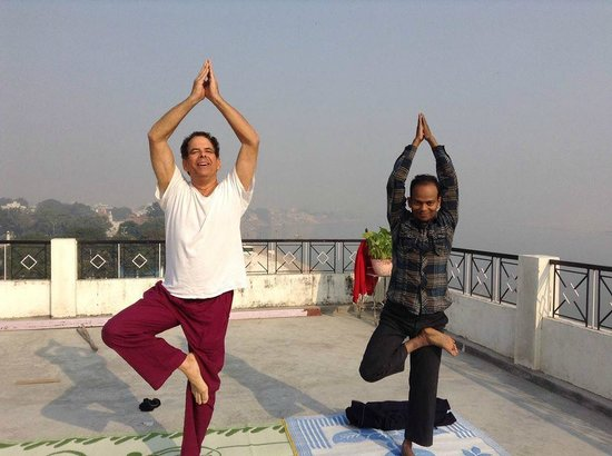 Rahul Guest House: Yoga On Rooftop
