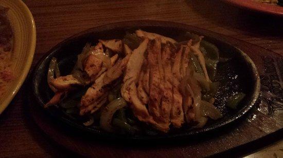 Los Vaquero's Mexican Grill: chicken fajitas