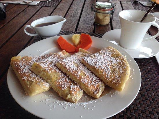 Vanilla Hills Lodge: Banana pancakes are a must!