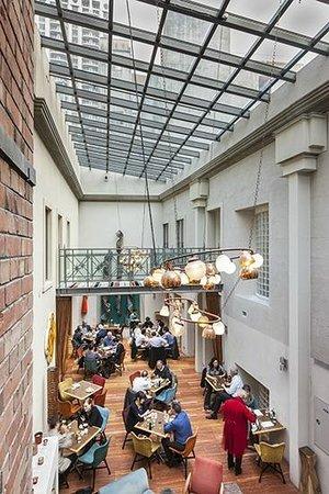 DeBretts Kitchen : De Bretts Kitchen Atrium