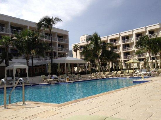 Four Seasons Resort, Palm Beach : Pool