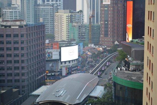 PARKROYAL Kuala Lumpur: View of Bukit Bintang