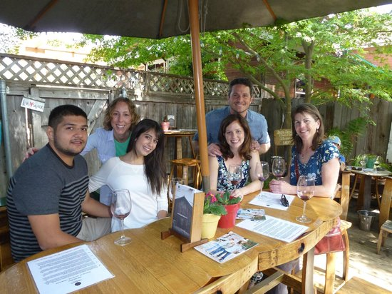 Cloud Climbers Jeep Tours : group tasting and fun at carhartt winery