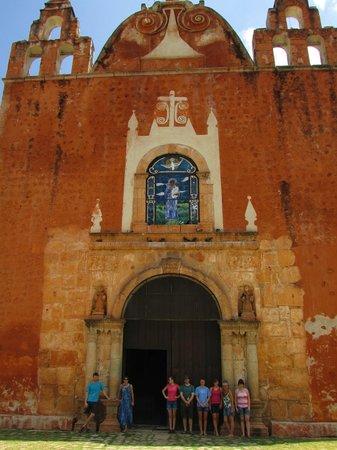 Posada el Jardin: Ticul cathedral