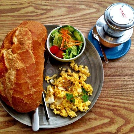 Town House 50 Saigon: lovely breakfast