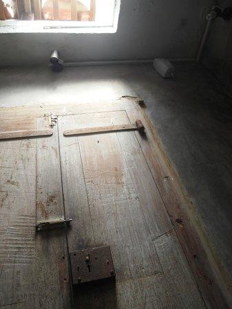 Pedlar's Inn Cafe : トイレのドア