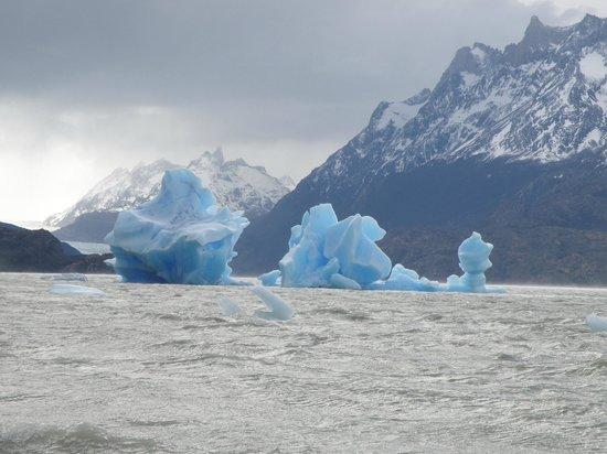 Ecocamp Patagonia: Lake Grey