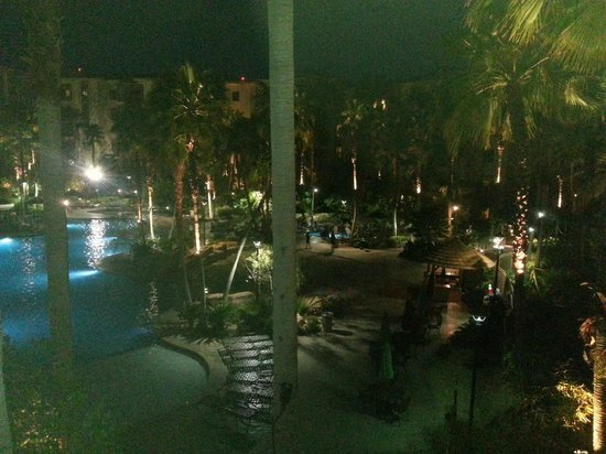 Tahiti Village: Night View  Pool