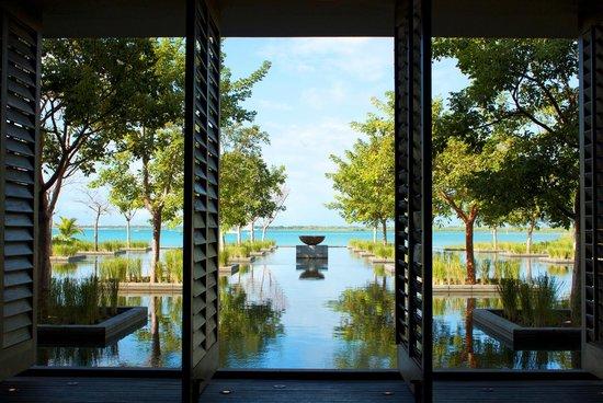 NIZUC Resort and Spa : ресепшен