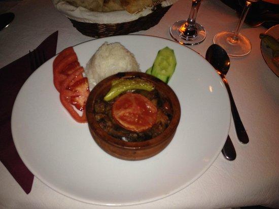 Orient Restaurant: Vegetarian dish türlü