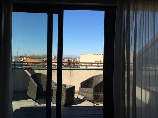 HOTEL OPERA : Vistas desde la cama