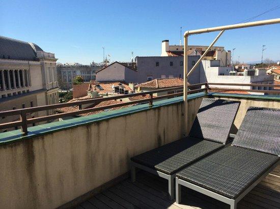 HOTEL OPERA : Terraza