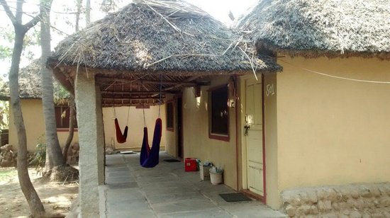 Goan Corner: Cottage with own veranda, hammock and view of boulders and palm trees
