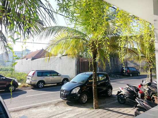 Seminyak Town House: Front view