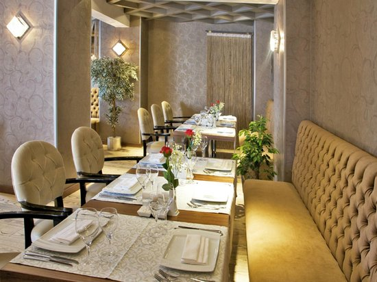 Hotel Momento: Restaurant