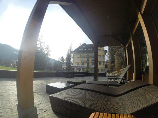 Le Grand Bellevue : L'hôtel depuis le spa