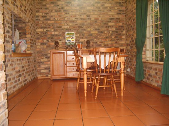 Thaba Tsweni Lodge & Safaris: dinning area