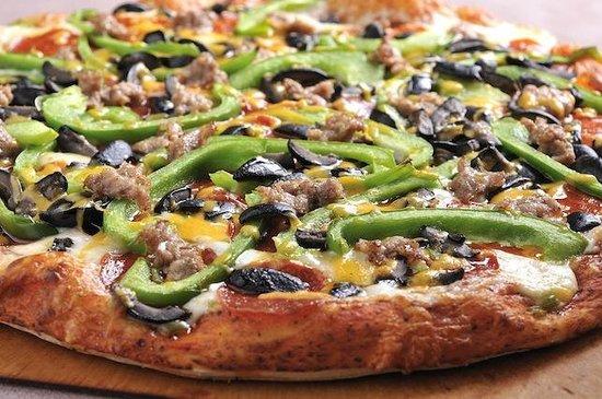 Village Host Pizza & Grill : Village Combo