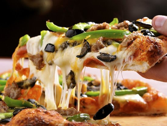 Village Host Pizza & Grill : Village Combo in action