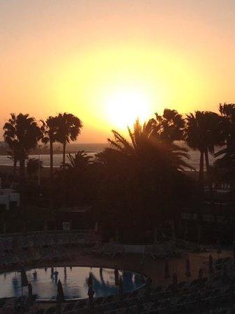 ClubHotel Riu Paraiso Lanzarote Resort: sun rise