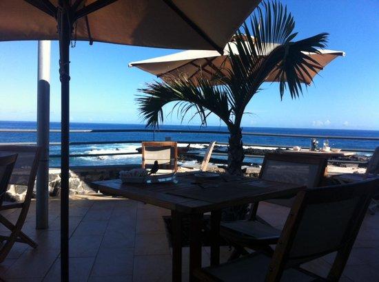 Hotel Boucan Canot: ptit dej, terrasse sur mer