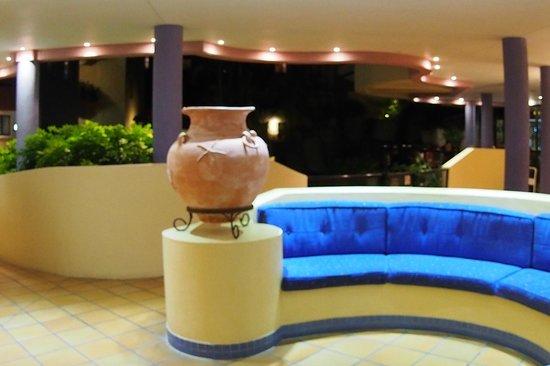 Nautilus Mooloolaba : Lovely reception area...