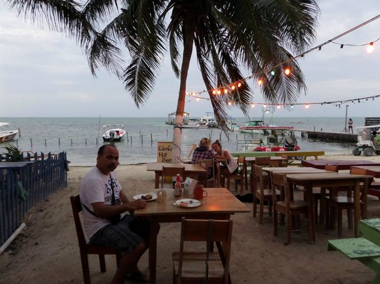 Seaside Cabanas : beer and food