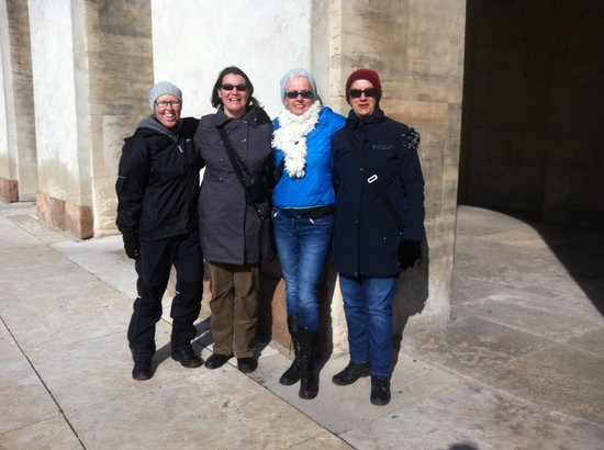 Peter & Ping -  Tours: On the Borgen tour at Christiansborg