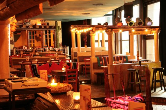 Cantina Restaurant & Cocktailbar: Ambiente
