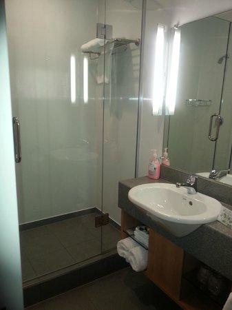 Kingsgate Hotel Autolodge Paihia : bathroom
