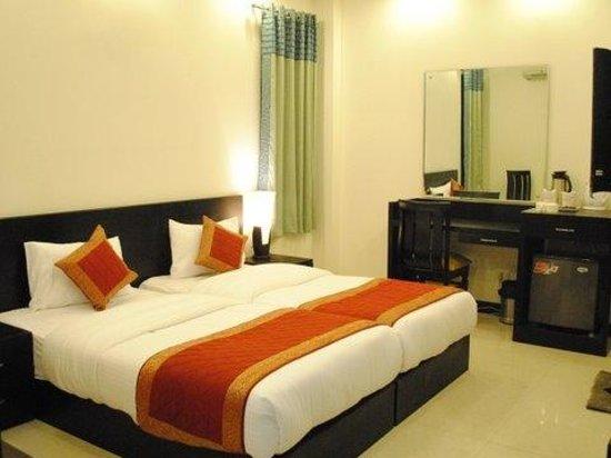 Hotel Swathi : Room