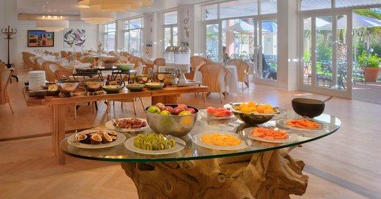 Oasis Bistro: Buffet