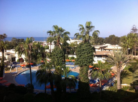 Club Marmara Agadir: Vue depuis notre chambre: piscine, océan!