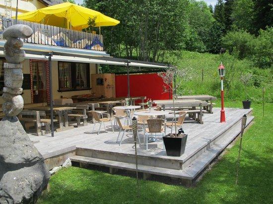 Geltenhorn Gasthof Hotel: Gartensitzplatz