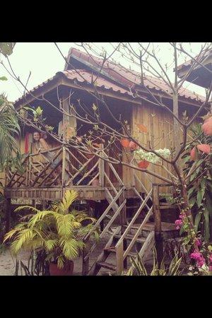 Otres Beach Resort: Our beach bungalow :)