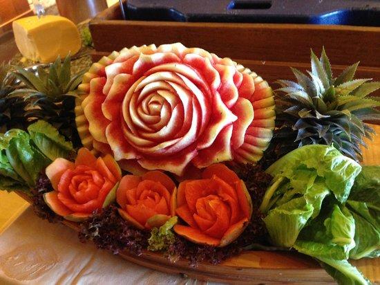 Seaview Patong Hotel : Food