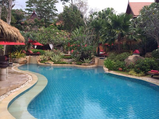 Rocky's Boutique Resort: Top pool