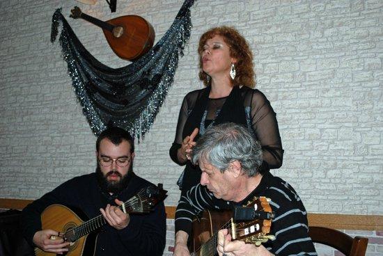 Sr. Fado de Alfama: Ana Marina zingt de sterren van de hemel