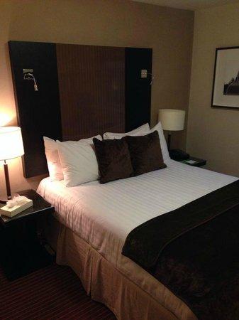 Denham Grove: Klein bed!