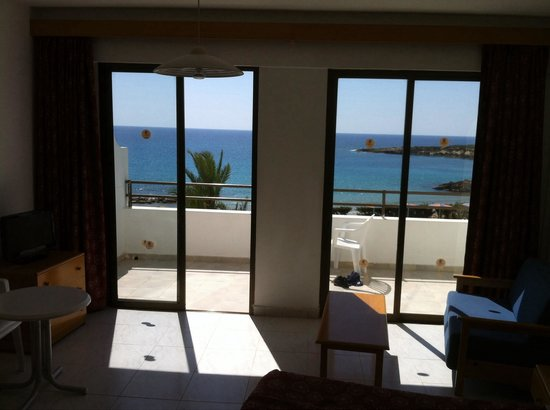 Corallia Beach Hotel Apartments: Veiw from the bed