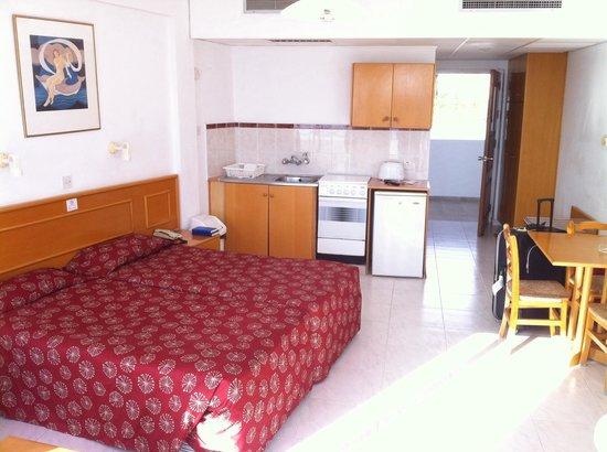 Corallia Beach Hotel Apartments: My apartment