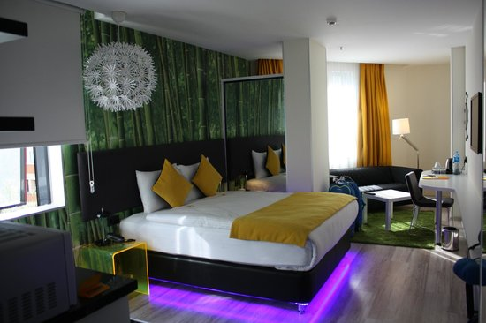 Tempo Suites Airport Istanbul: Room in all its glory