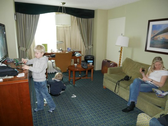 DoubleTree Suites by Hilton Hotel New York City - Times Square: double suite pure room