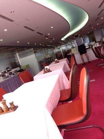 Narita Airport Rest House: 朝食でのレストラン
