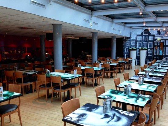 Inntel Hotels Amsterdam Centre : Breakfast room