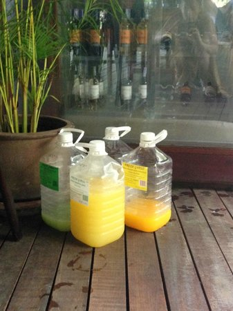The Tubkaak Krabi Boutique Resort: Juices they tell you are freshly made...