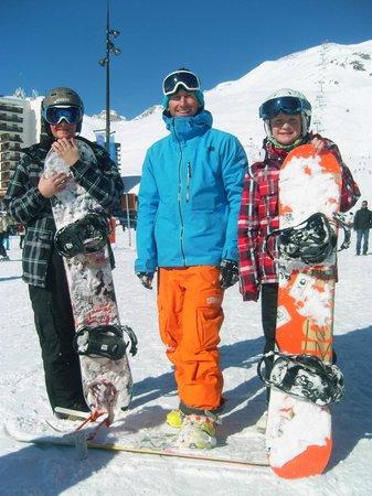 Ultimate Snowsports Tignes: Happy Snowboarders